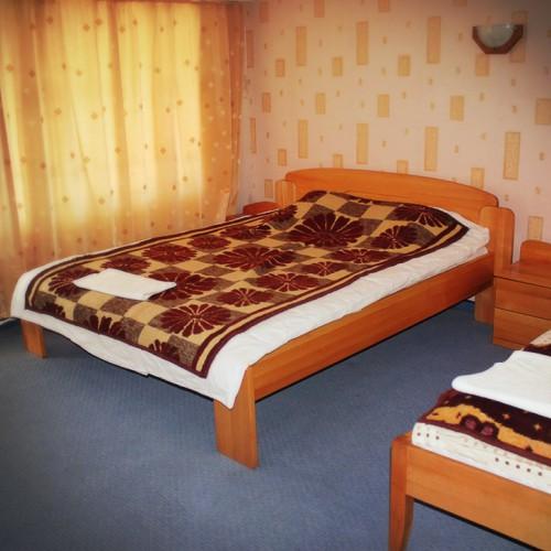 Тройна стая